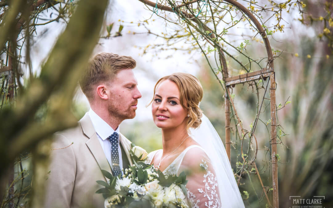 Leanne & Dave – Curradine Barns